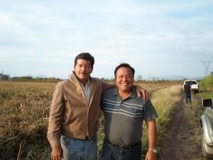 Sr. Armando Navarro con Alejandro Ramírez Zacoalco de Torres, Jal. 2nov2012