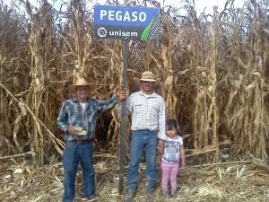 Sr. Miguel Hernandez contento con el resultado de Pegaso